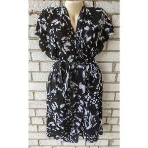 Dresses & Skirts - Plus size wrap tie waist dress